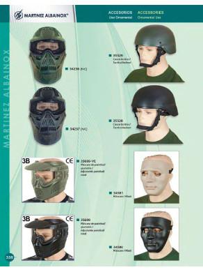 mascara y casco