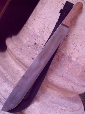Machete cutting-reeds olive