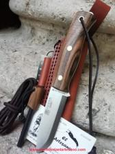 EXCLUSIVO CUCHILLO EMBER NOGAL SCANDI PEDERNAL JOKER