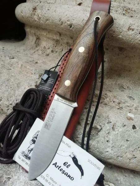EXCLUSIVO CUCHILLO EMBER ABEDUL PEDERNAL JOKER