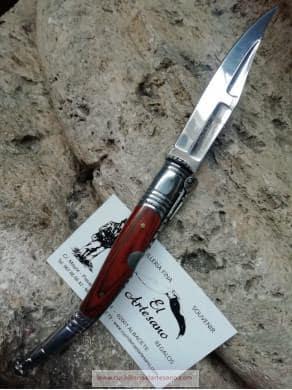 Penknife mountain wood of...