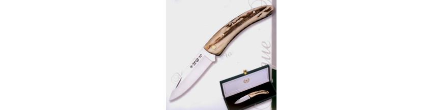 Stag tip penknife